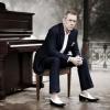 Hugh Laurie with The Copper Bottom Band koncert Budapesten! Jegyek itt!