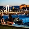 Éjszakai mozizás a Szabadság hídon