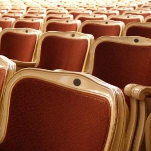 BREAKING NEWS - Bezárnak a színházak is!