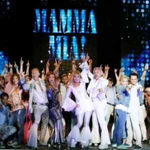 400. Mamma Mia! musical 2021-ben is a Madách Színházban! Jegyek itt!