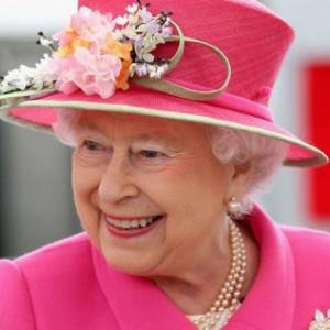 90 éves II. Erzsébet királynő!