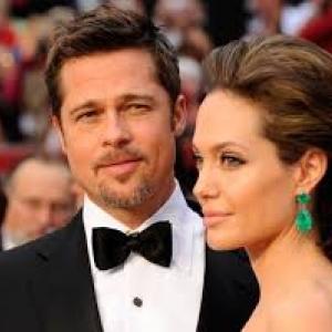 Egy festményen jósolták meg Brad Pitt és Angelina Jolie válását! Nézd meg a képet!