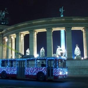 Csak egy este jár a Fénytroli 2016-ban Budapesten - Részletek itt!