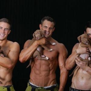 Jótékonysági célért vetkőznek a tűzoltók! Képek itt!